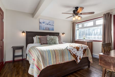 ✪Affordable Getaway Condo Perfect for Groups✪