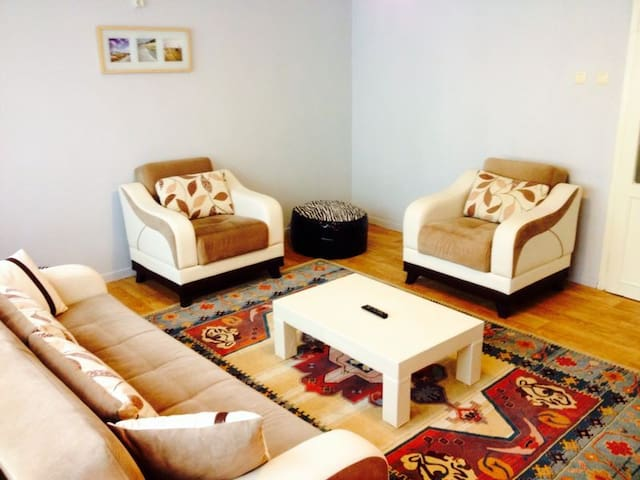 BURSA CENTRAL 2 St FLOOR  APARTMENT - Bursa - Flat