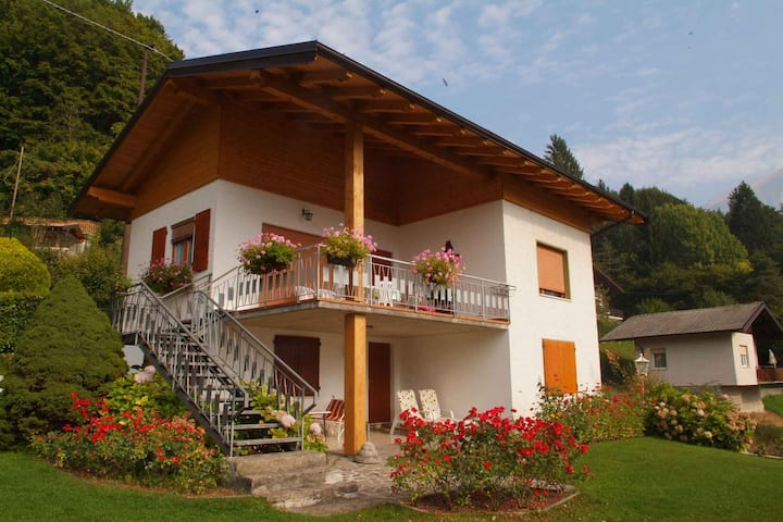 apartment for 4 persons in Ledro R23330