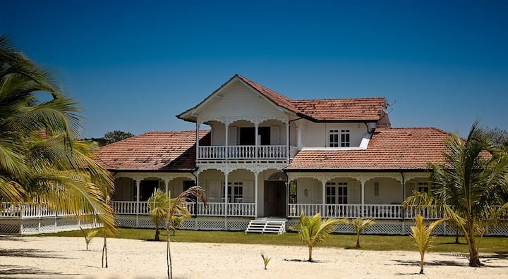 Blue Beach - Incredible Private Beach Resort