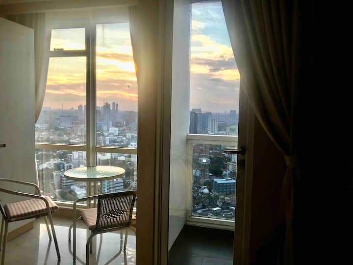 Cozy studio room on the highest floor@MENTENG PARK