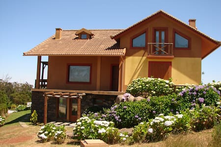 MONTE DA LAGOA, beautiful cottage!! - Santo António Da Serra