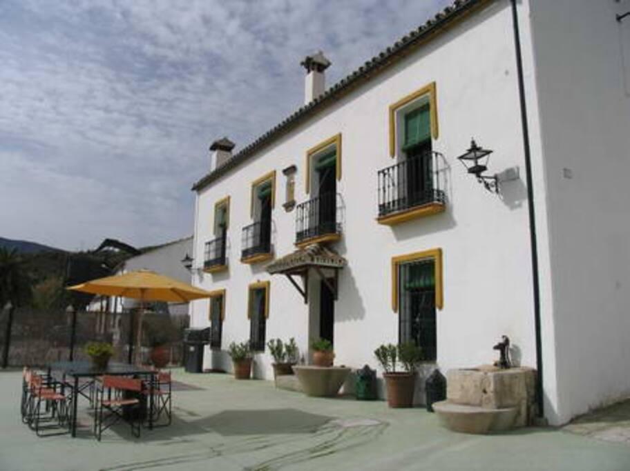 Casa grande villas en alquiler en zahara de la sierra andaluc a espa a - Casas en zahara de la sierra ...