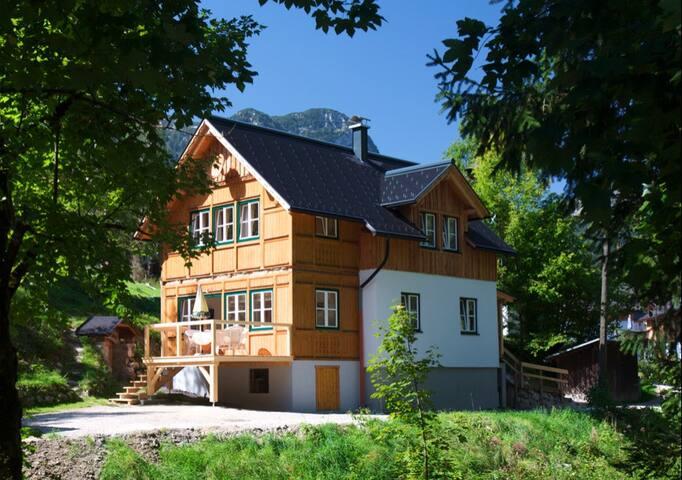 Altaussee, Austria- ski resort - Altaussee - Dağ Evi