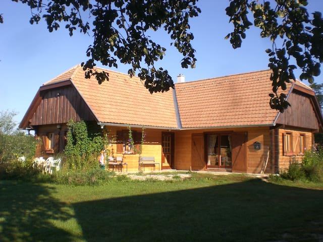Ungarn, Örseg, Naturpark,Hund auch! - Szalafő - Huis