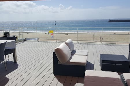 Apartment beach front, panoramic terrace