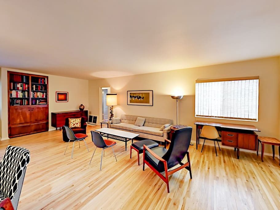 The main living area offers ample seating. Complimentary Wi-Fi is also provided.