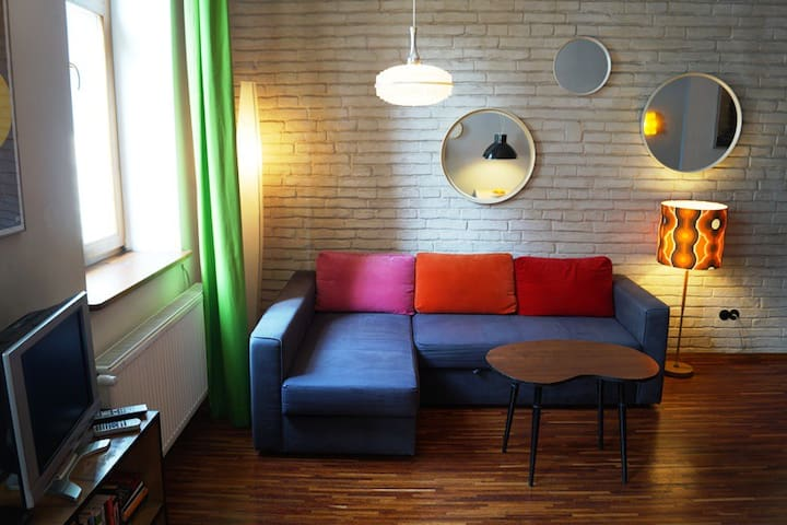B&B Jewish Old Town boutique space - RED