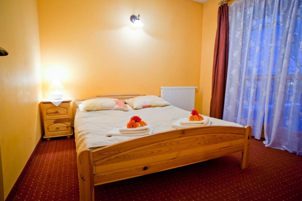 Wygodne i szerokie łóżka