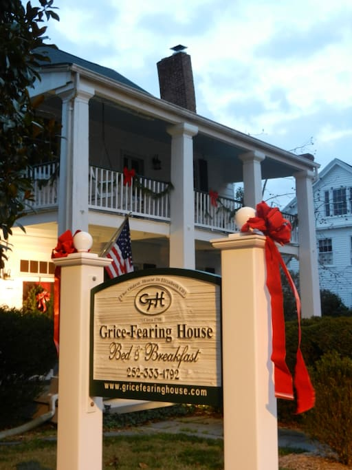 The Grice-Fearing House B&B at Christmas time
