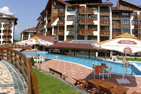 Belvedere Holiday Club - 1 bdrm , next to lift