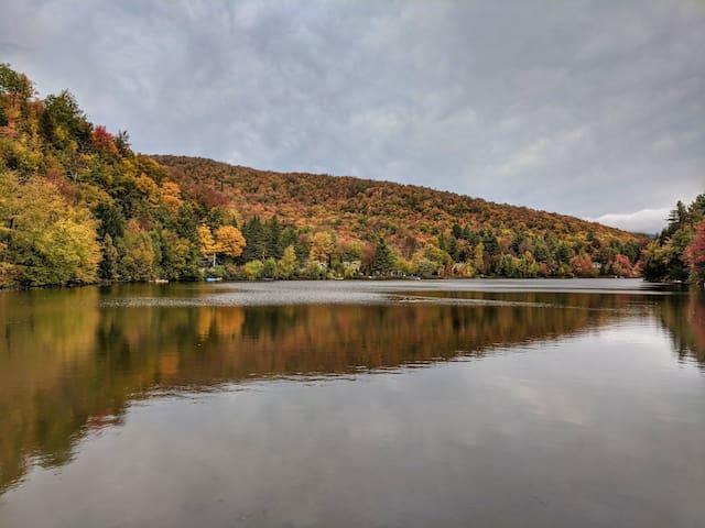 10 minutes du Mont Orford - Accès au lac Webster