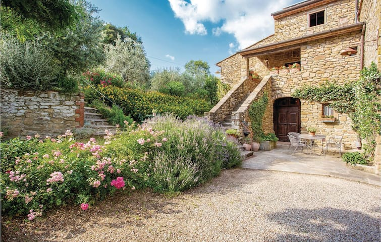 Semi-Detached with 2 bedrooms on 100m² in Ruscello AR