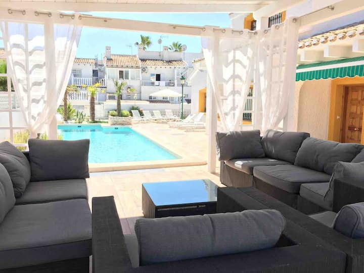 La Zenia Beach Villa, Pool & Barbecue