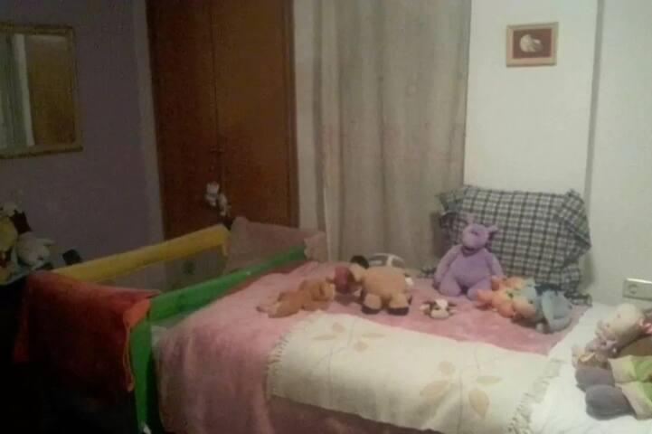 HABITACIÓN DOBLE EN ÁTICO TRÍPLEX CON GRAN TERRAZA - Mislata - Huis