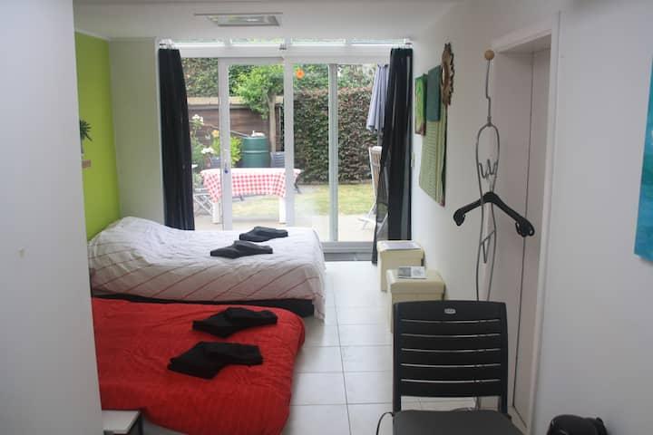 BOOM TML: PRIVAT ROOM + PRIVAT BATHROOM @ 3 KM