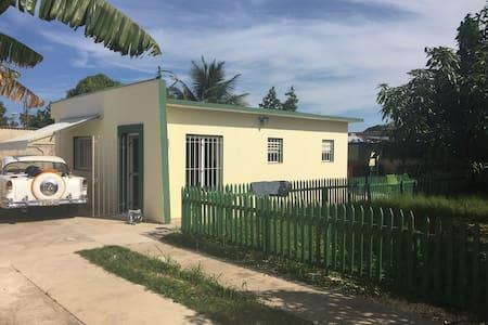 Hostal Mangos - Santa Marta