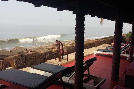 Spectacular rooms at an  elegant Beach destination - Vypin