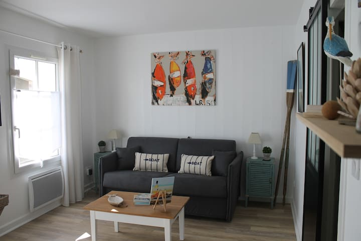 Charmant studio ** de 27m2  à 2 pas du port
