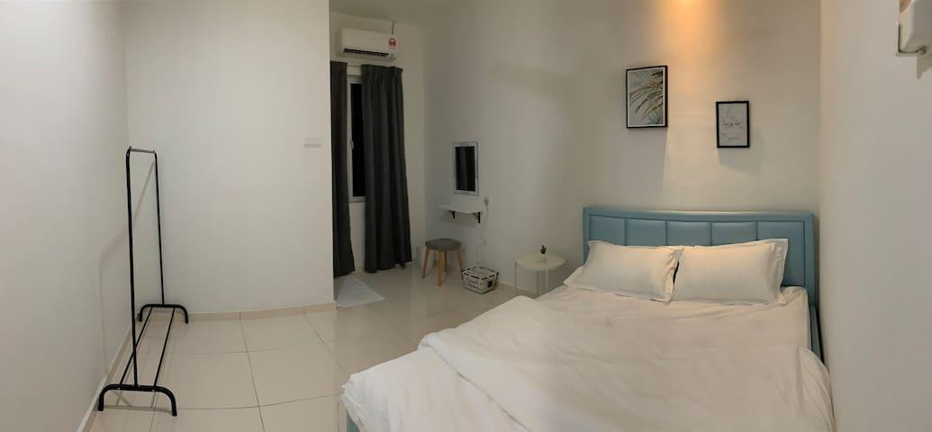 Room 3 (First Floor)