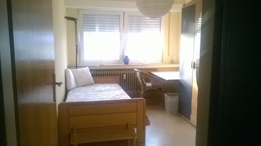 Free Room in Luxembourg City