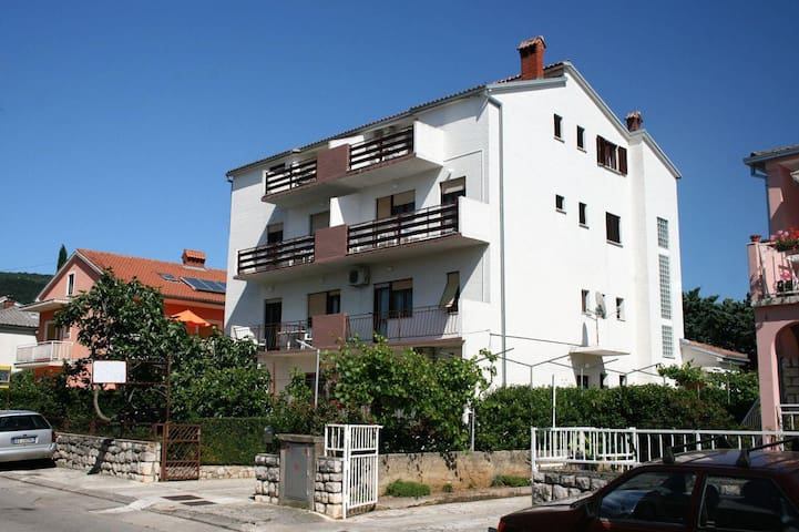 Two bedroom apartment with terrace and sea view Selce, Crikvenica (A-3030-c) - Selce - Apartment