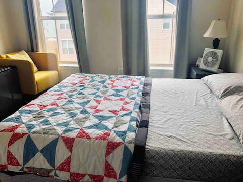 Comfortable Stay-Near IAD Airport(No cleaning fee)