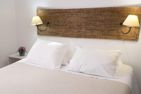 Standard room 1, ground floor (Casa das Proteas)