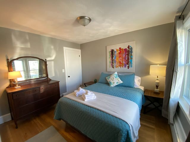 Newly Renovated Apartment in Silver Lake