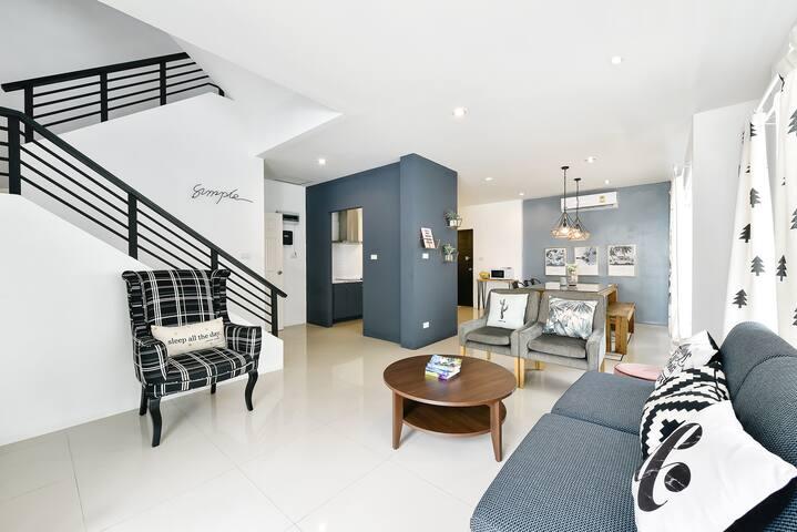 Spacious & Stylish 3BR Villa Patong Hill 316