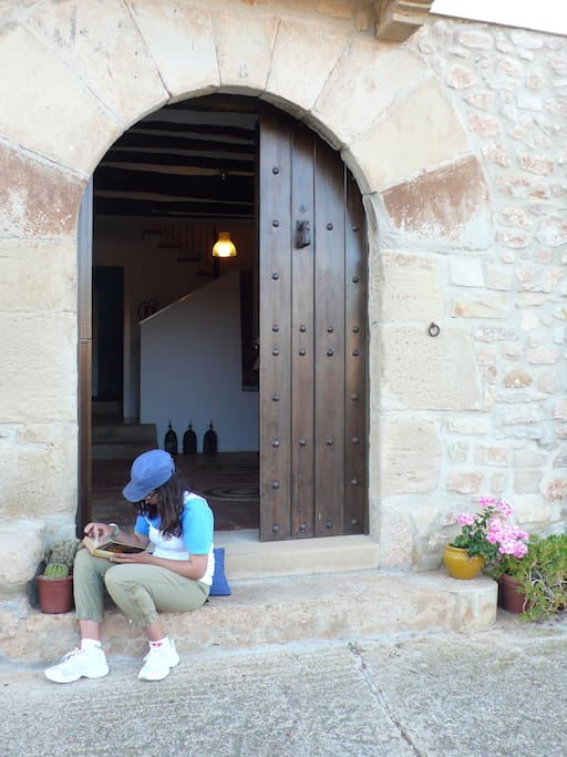 En la tranquilidad de un pequeño pueblo.