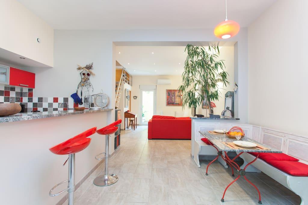 Agr able appartement avec patio appartements louer for Appartement avec patio