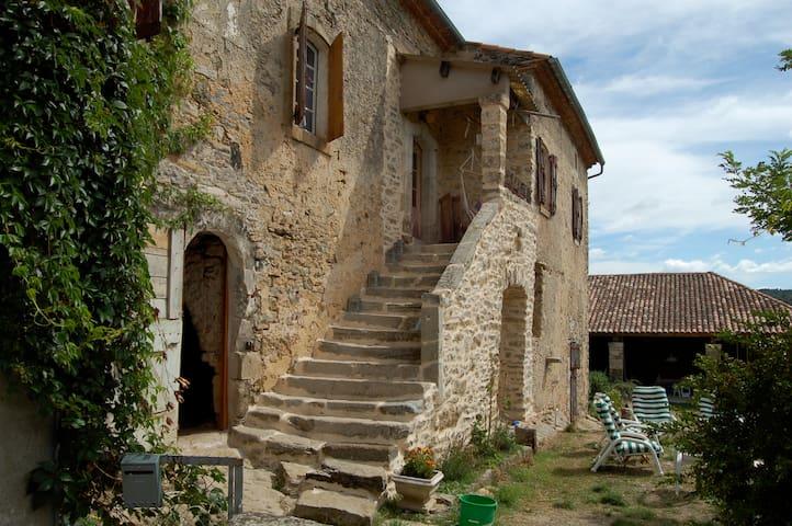 Causse du Larzac maison de famille - Languedoc-Roussillon - Rumah