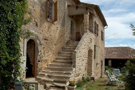 Causse du Larzac  - Languedoc-Roussillon