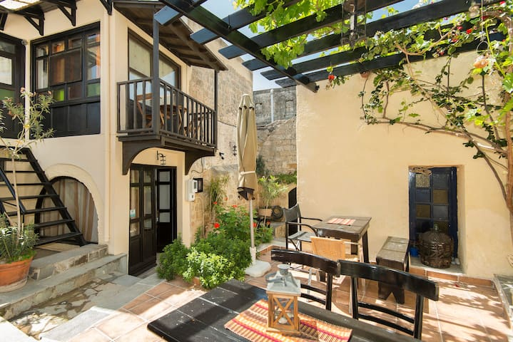 In the heart of the old town for 2! - Rhodes - Apartamento