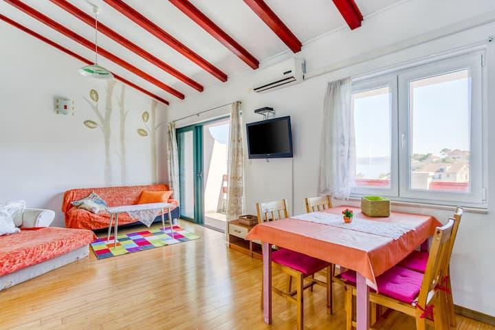 Alluring Apartment in Stomorska near the Sea
