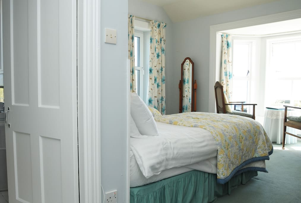Luxury Ensuite Twin room