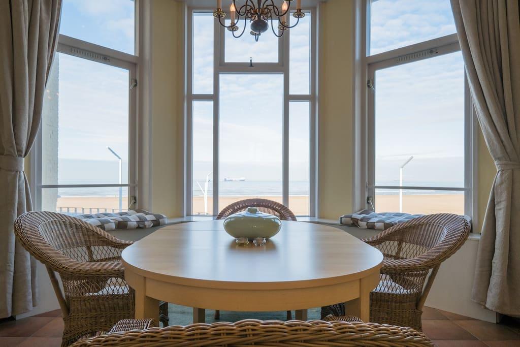 waanzinnig uitzicht over zee wohnungen zur miete in den haag zuid holland niederlande. Black Bedroom Furniture Sets. Home Design Ideas