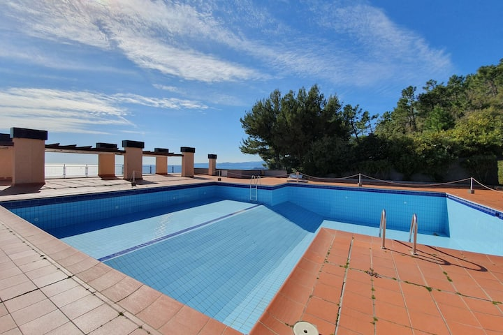 Splendid Apartment in Varazze with Swimming Pool