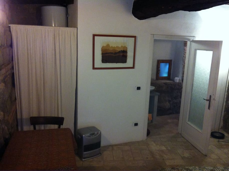 Chambre priv e avec salle de bains appartements louer for Salle de bain italie