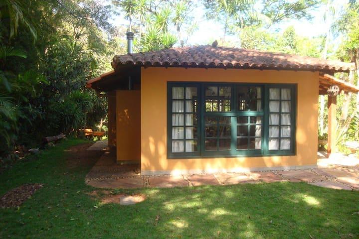 Linda, pequena e aconchegante casa  - Nova Lima - Hus