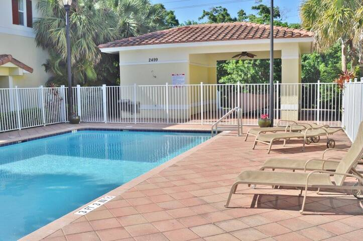 Center of Fort Lauderdale #2 beds - Oakland Park