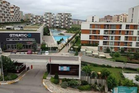SMILE 's Place  (very close to SAW AİRPORT) - istanbul pendik kurtköy