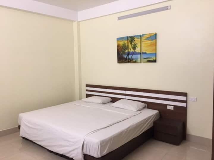 Hanoi Homestay - Private Deluxe Room