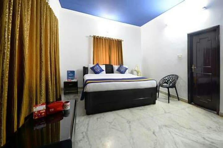 Home stay at Apollo Filmnagar