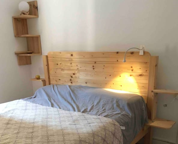 Pleasant bright room with comfy king size bed