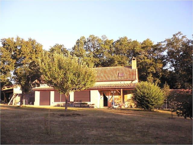 Maison à Milhac proche Sarlat - Milhac - Dom