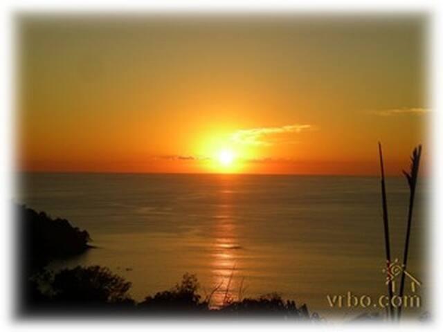 Magnificent and Affordable - Manuel Antonio Beach, Quepos, Puntarenas - Appartement en résidence