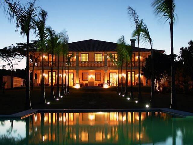 A sua casa colonial frente ao mar 12 adultos