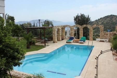 Lovely villa with pool in Gokseki near Kas - Kaş